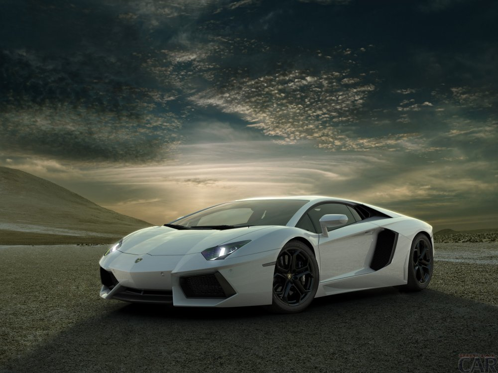 Lamborghini aventador wallpaper on the background of sky